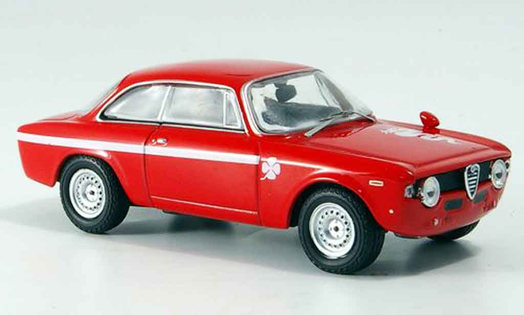 Alfa Romeo Giulia 1300 GTA 1/43 M4 rouge 1965 miniature