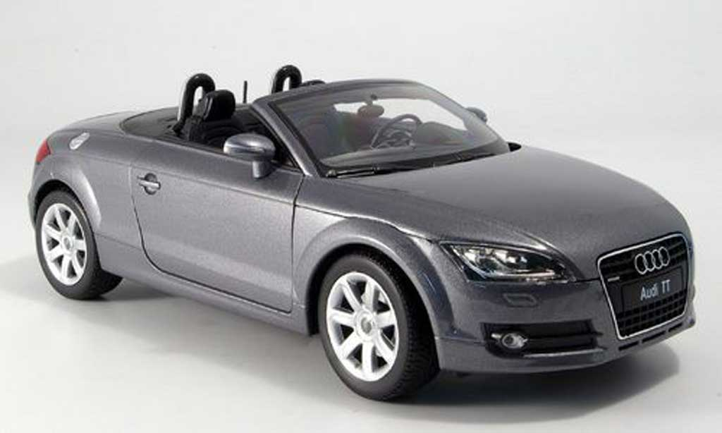 Audi TT Roadster 1/18 Welly grau modellautos