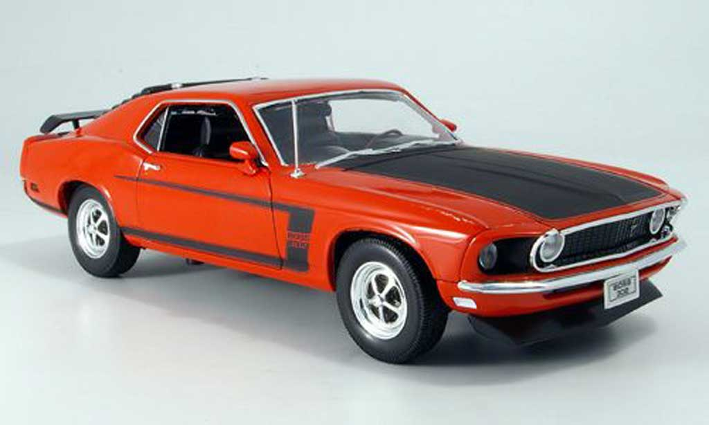 Ford Mustang 1969 1/18 Welly boss red/mattblack diecast