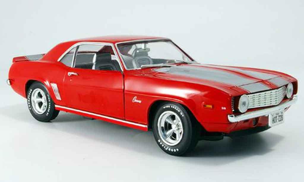 Chevrolet Camaro Z28 1/18 Ertl red 1969 diecast model cars