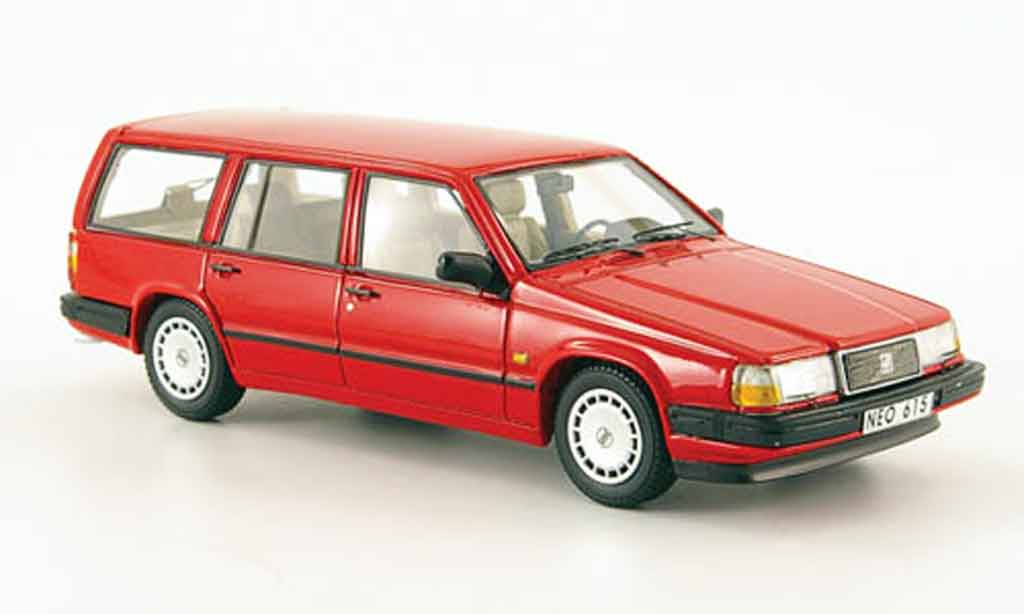 Volvo 940 1/43 Neo GL Kombi rouge 1992 miniature