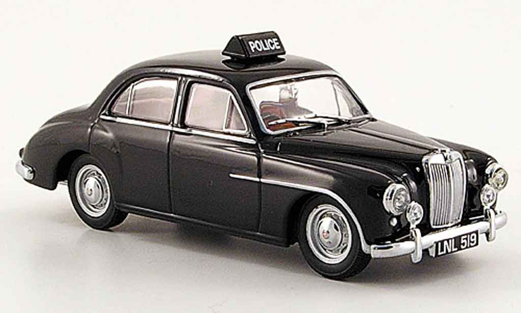 MG ZA 1/43 Oxford Magnette Northumberland County Constab. miniature