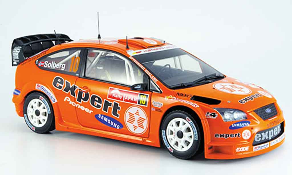 Ford Focus RS WRC 1/18 Sun Star solberg rallye japan miniature