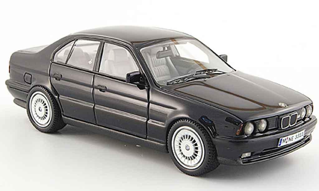 Bmw M5 E34 1/43 Neo nero 1994 modellino in miniatura