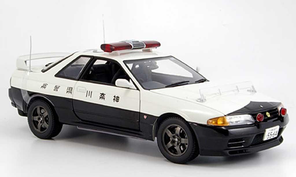 Nissan Skyline R32 1/18 Kyosho gt-r no.502 polizei miniature
