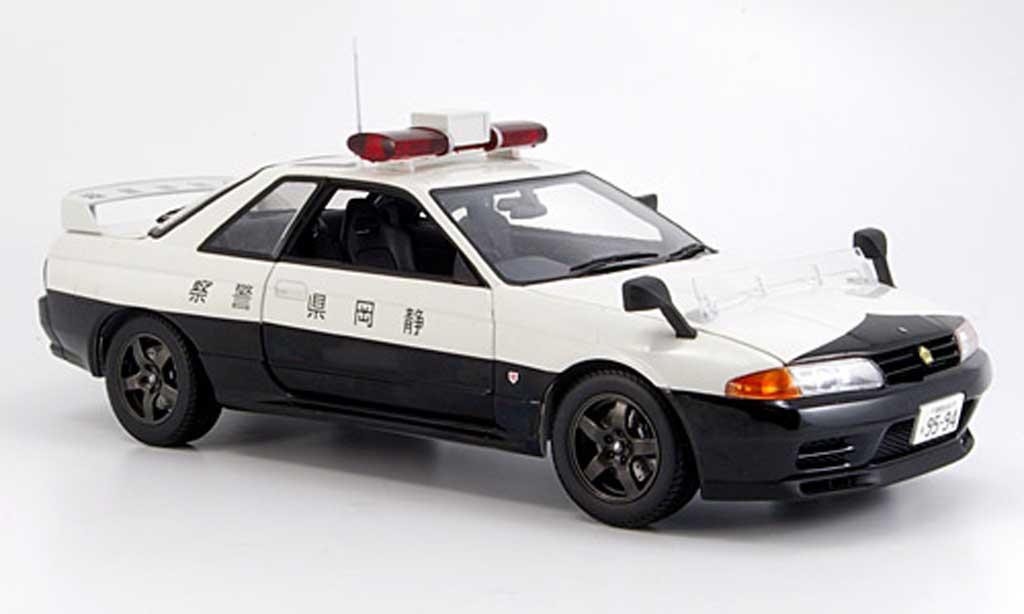 Nissan Skyline R32 1/18 Kyosho gt-r no.421 polizei modellino in miniatura