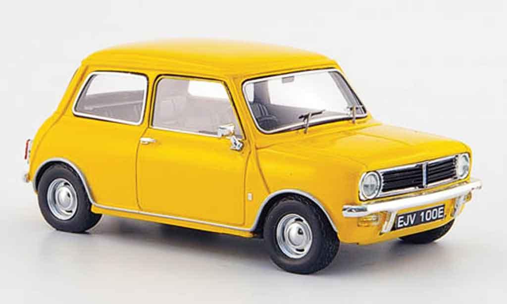 Austin Mini Clubman 1/43 Spark Clubman jaune 1969