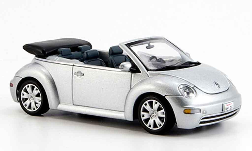 Volkswagen New Beetle 1/43 Autoart cabriolet grise metallisee geoffnetes verdeck miniature
