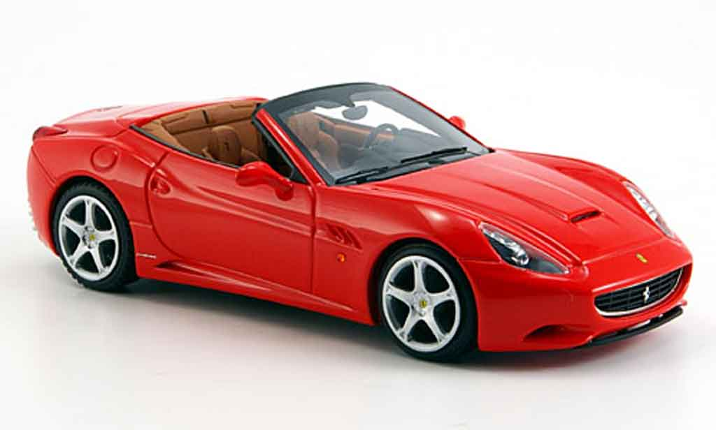 Ferrari California 2008 1/43 Look Smart 2008 rouge offen miniature