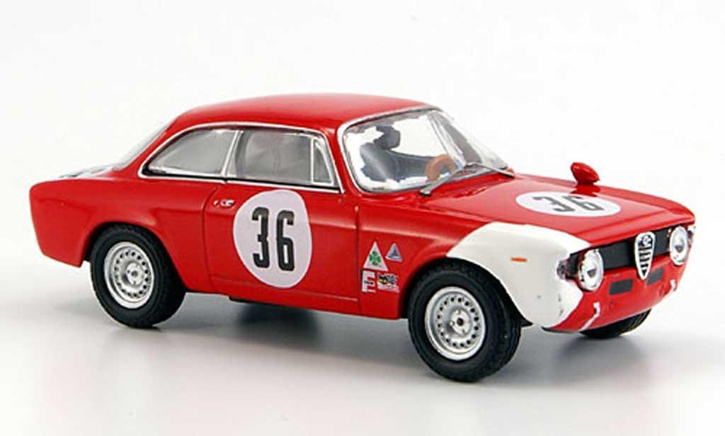 Alfa Romeo Giulia 1600 GTA 1/43 M4 No.36 J.Rindt 4h Sebring 1966 miniature