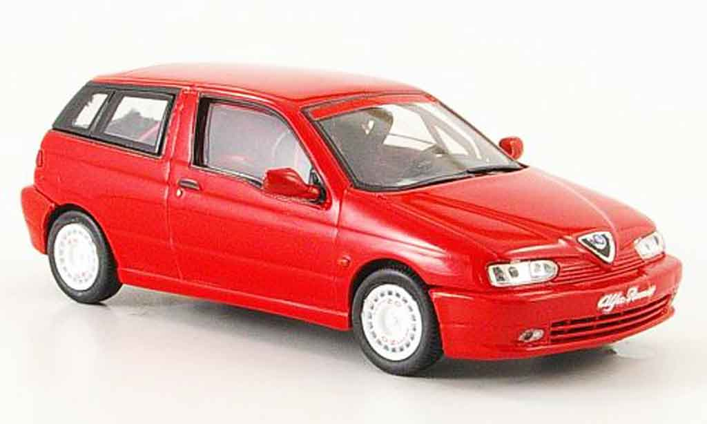 Alfa Romeo 145 1/43 Pego presentation blanche 1997 miniature