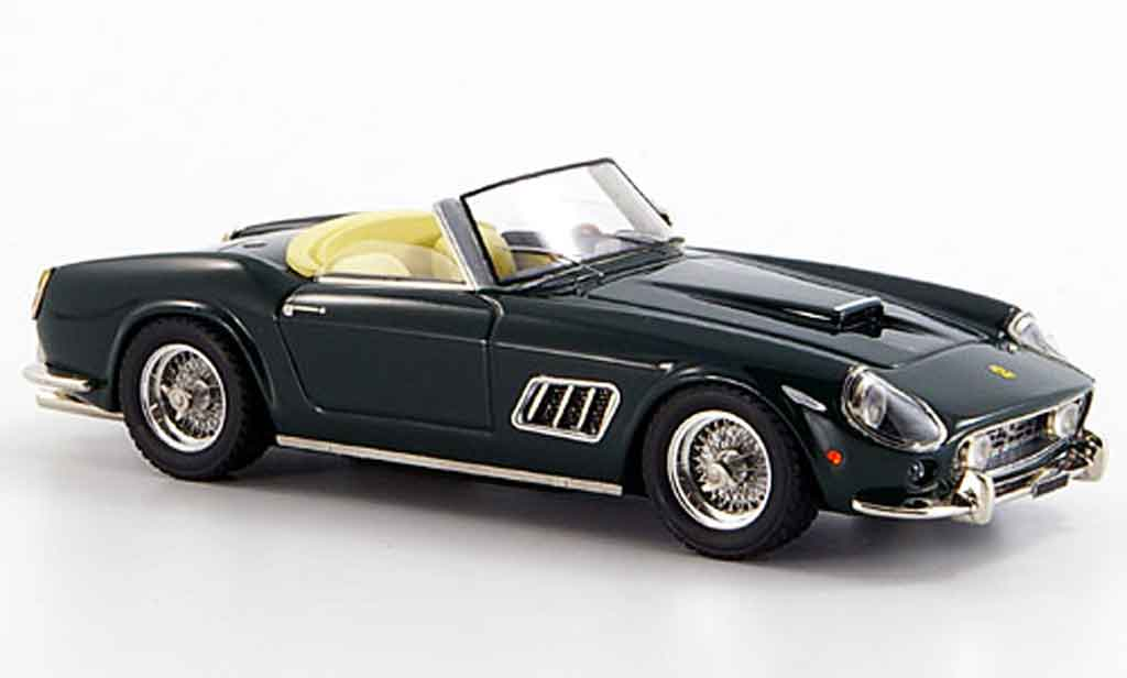Ferrari 250 Spyder 1/43 Look Smart california offen verte miniature