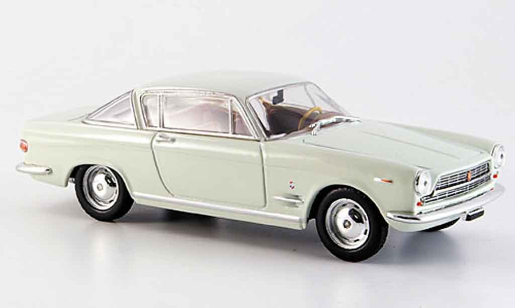 Fiat 2300 1/43 Starline Coupe white 1961 diecast