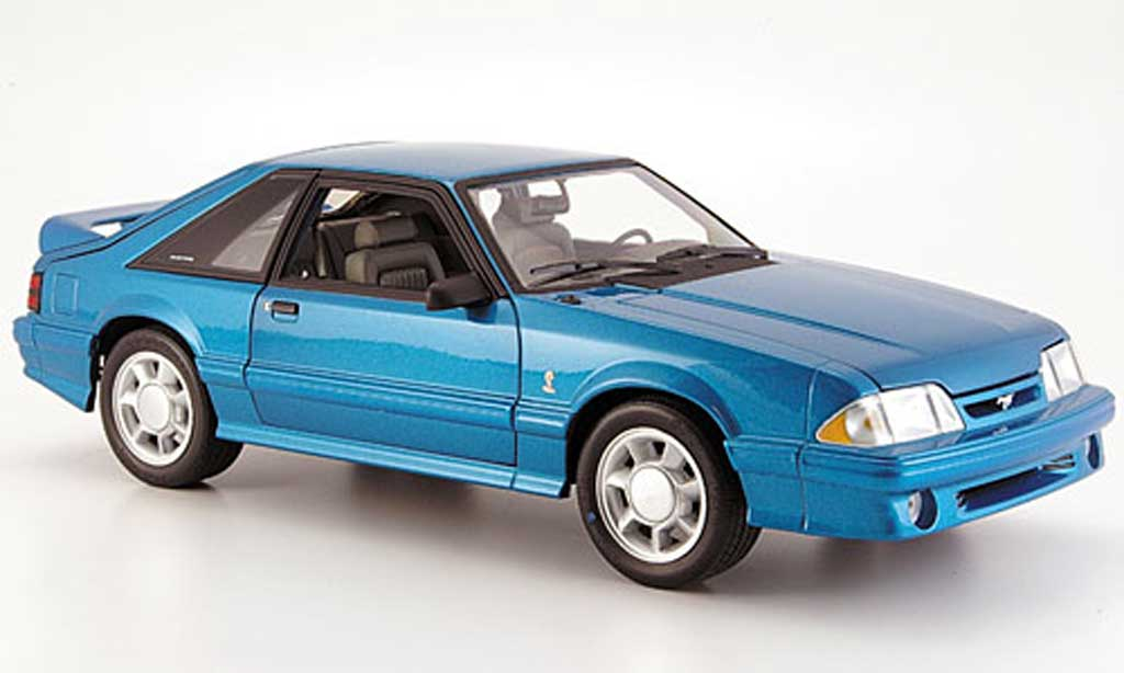 Ford Mustang 1993 1/18 GMP cobra bleu miniatura
