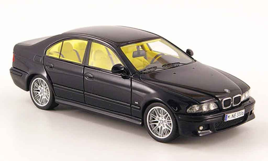 Bmw M5 E39 1/43 Neo black 2002 diecast model cars