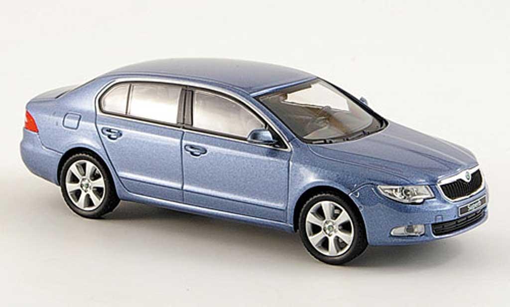 Skoda Superb 2009 1/43 Abrex II grise bleu miniature