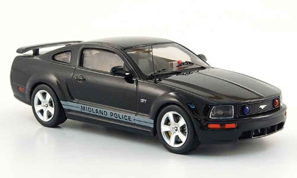 Ford Mustang 2006 1/43 IXO GT Midland Police Verkehrs police 2006 modellautos