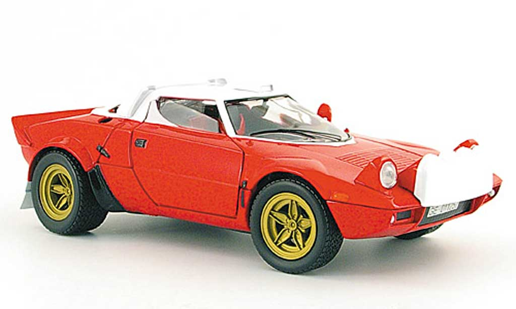 Lancia Stratos 1/18 Solido red white strassenversion 1974 diecast model cars