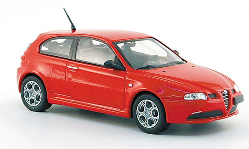 Alfa Romeo 147 GTA 1/43 Solido red 2002 diecast model cars