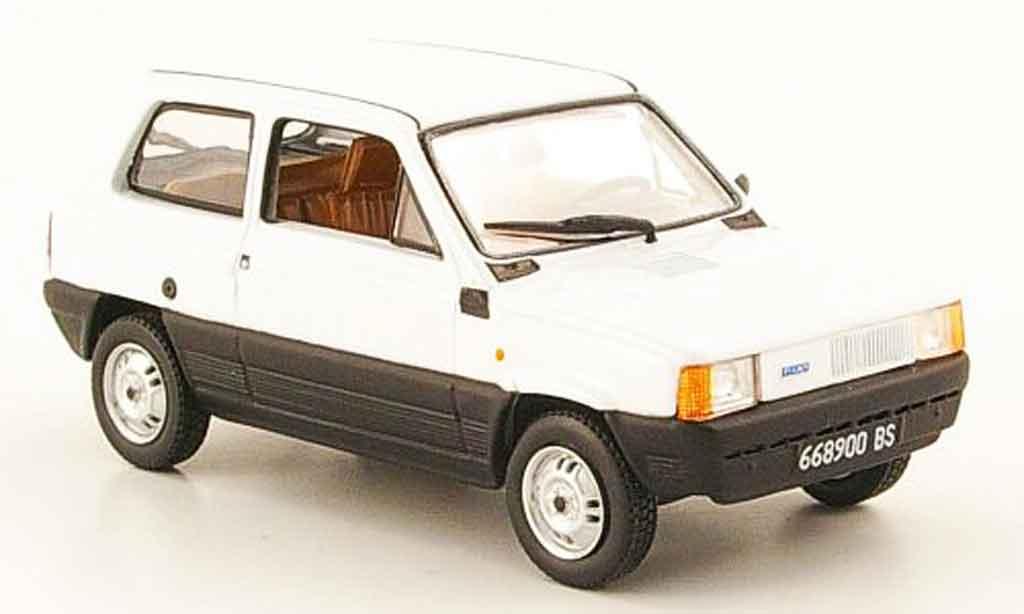Fiat Panda 1/43 Norev blanche 1981 miniature