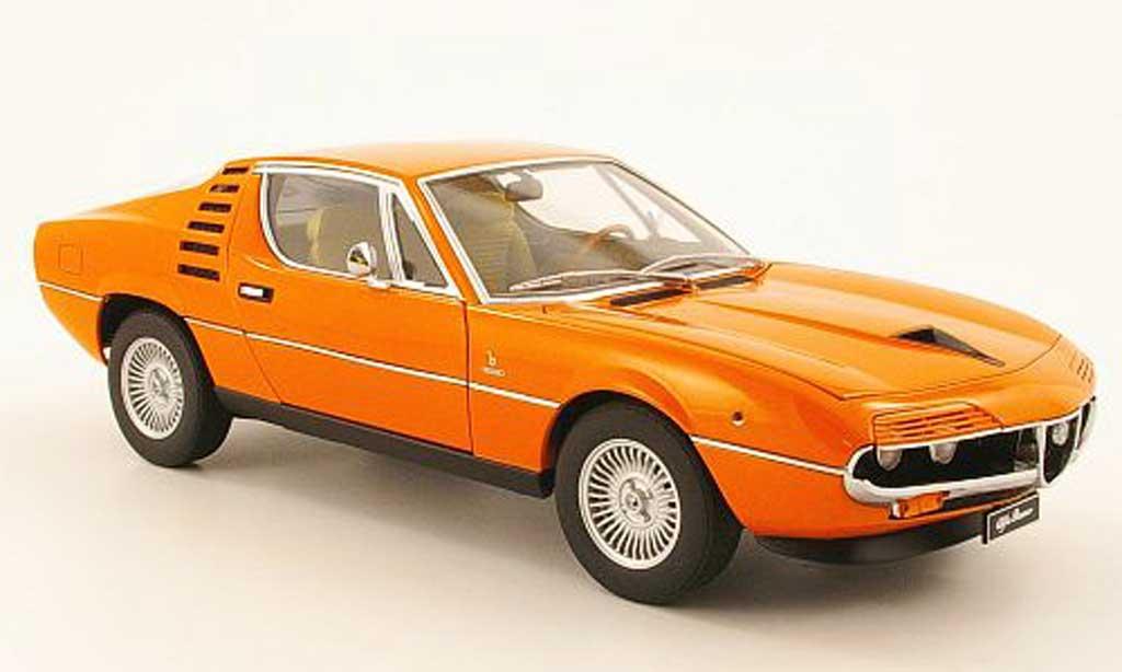 Alfa Romeo Montreal 1/18 Autoart orange 1970 miniature