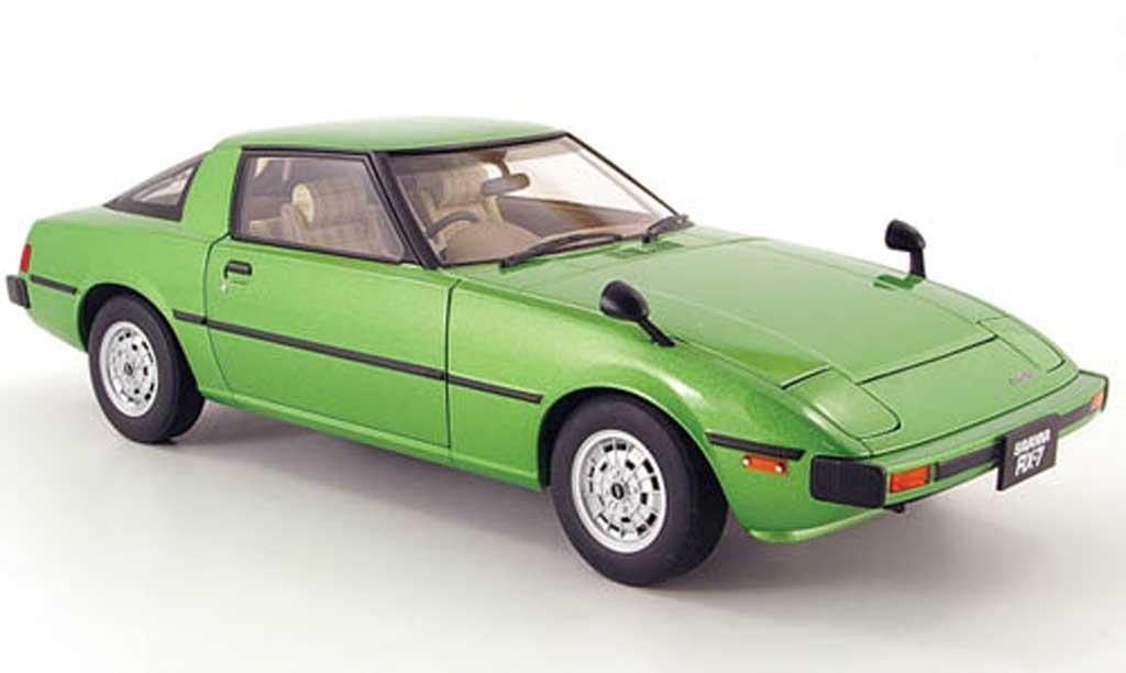 Mazda RX7 1/18 Autoart savanna (sa) green 1978 diecast