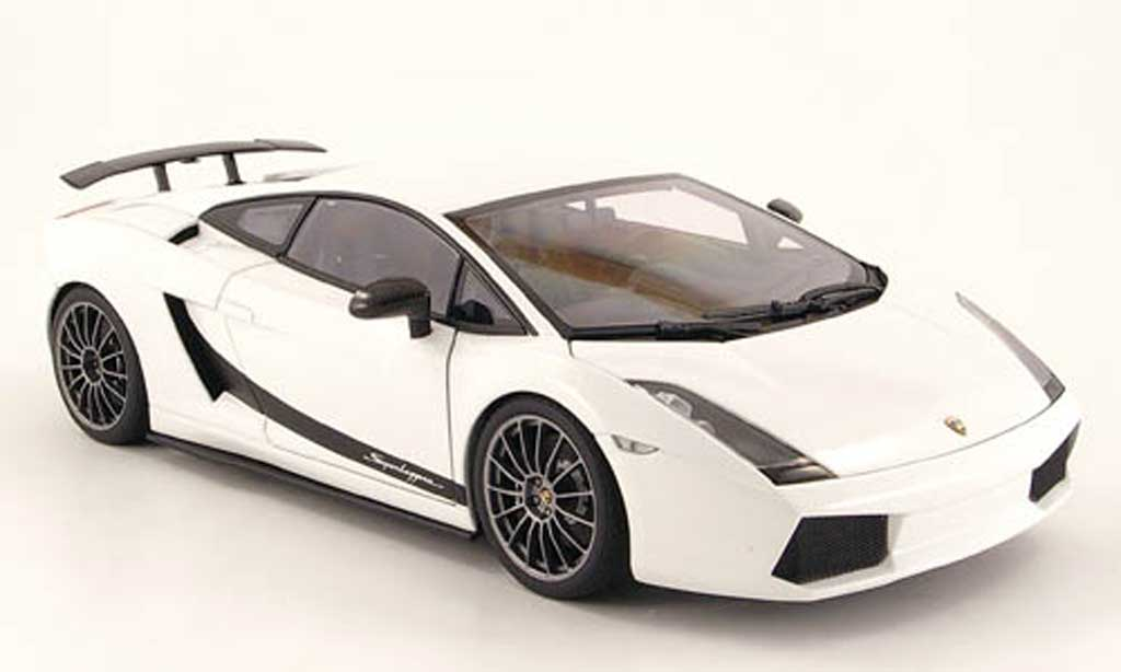 Lamborghini Gallardo Superleggera 1/18 Autoart white 2007 diecast model cars