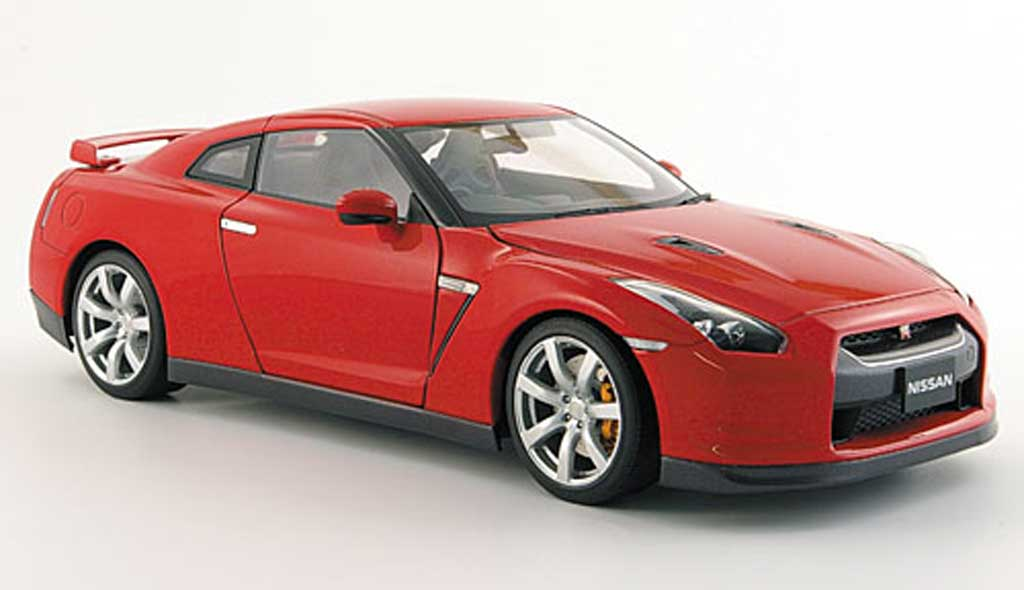 Nissan Skyline R35 1/18 Autoart gt-r red 2008 diecast model cars
