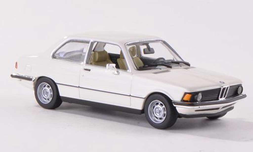 Bmw 318 E21 1/43 Minichamps i  blanche 1975