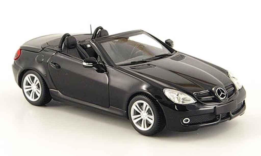 Mercedes Classe SLK 1/43 Minichamps (R171) noire 2008 miniature