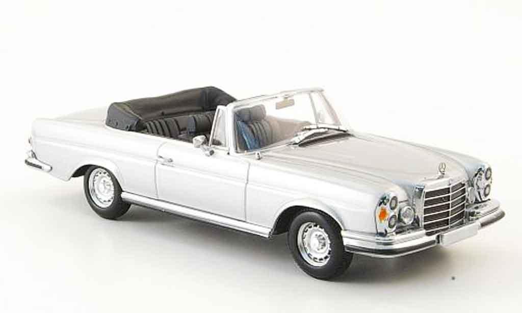 Mercedes 280 1970 1/43 Minichamps SE 3.5 Cabriolet (W111) grise metallisee 1970 miniature