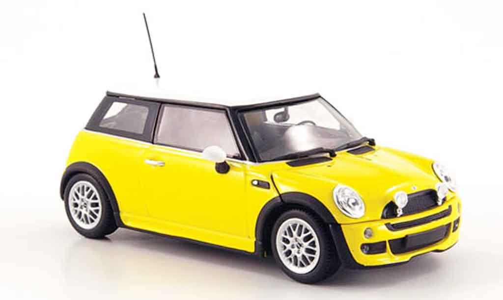 Mini One 1/43 Minichamps jaune blanche avec Aerodynamic Paket 2002