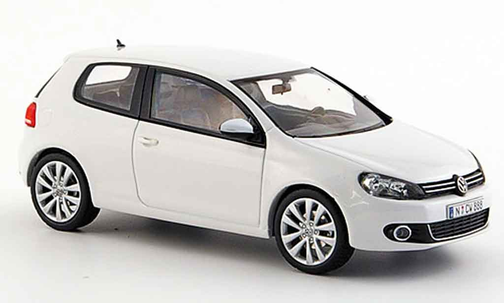 Volkswagen Golf VI 1/43 Schuco white 3 portes concept white diecast