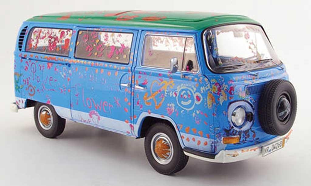 Volkswagen Combi 1/18 Schuco  diecast