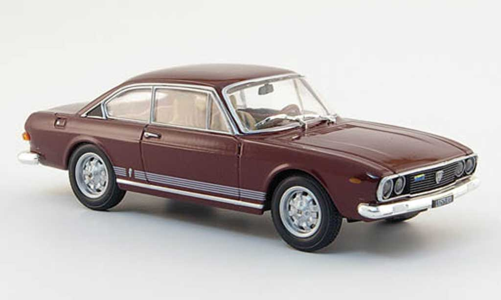 Lancia 2000 HF 1/43 Starline Coupe rouge 1971 miniature