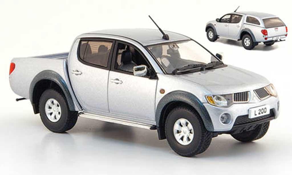 Mitsubishi L200 1/43 Vitesse grise  avec abnehmbarem Sports Hard Top miniature
