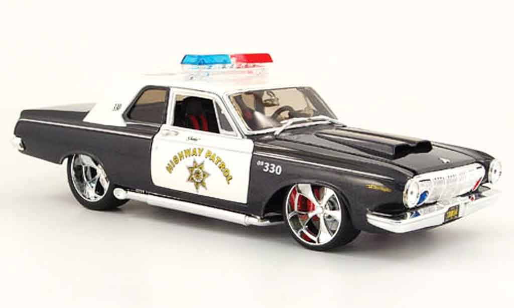 Dodge 330 1/18 Maisto highway patrol 1963 miniature