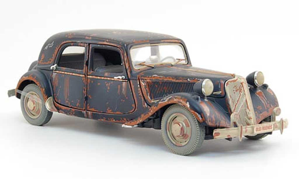 Citroen Traction 15 1/18 Maisto cv traction noire rouillee 1952 miniature
