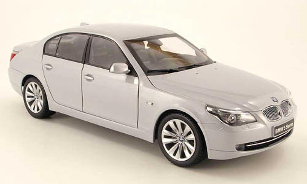 Bmw 550 E60 1/18 Kyosho facelift gray