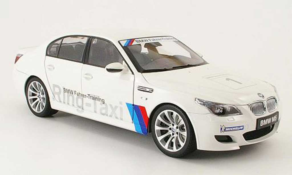 Bmw M5 E60 1/18 Kyosho ring taxi nurburgring 2008 miniature