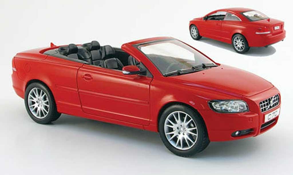 Volvo C70 1/18 Powco cabriolet rouge 2006 miniature
