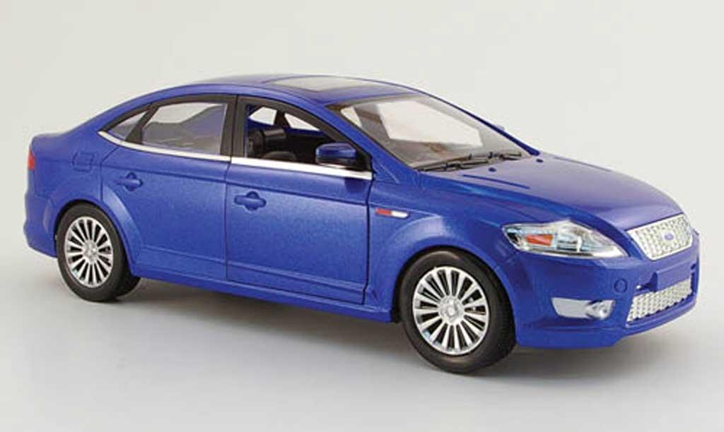 Ford Mondeo 1/18 Powco bleu 2006 miniature