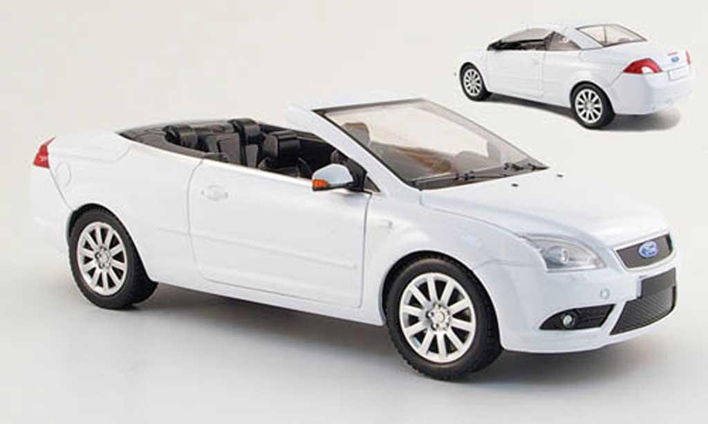 Ford Focus CC 1/18 Powco white mit aufsteckdach 2007 diecast model cars