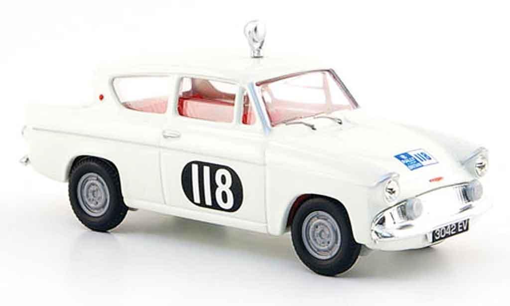 Ford Anglia 1/43 Vanguards 105 E No.118 Damencup Rallye England 1959 miniatura