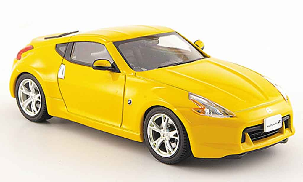 Nissan 370Z 1/43 Ebbro Fairlady Z jaune 2008 miniature