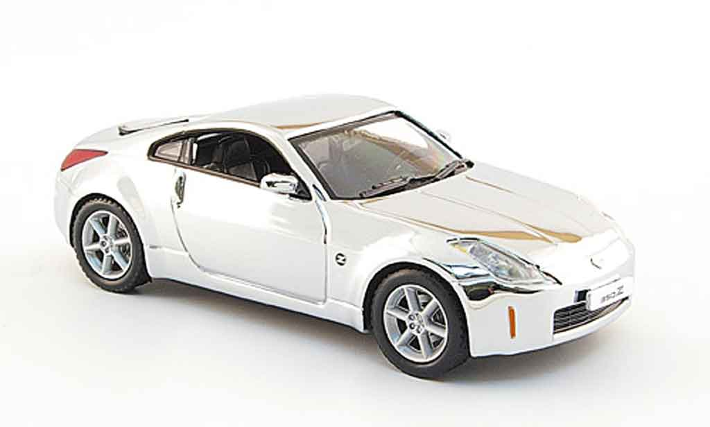 Nissan 350Z 1/43 J Collection chrom miniature