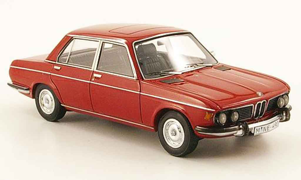 Bmw 2800 E3 1/43 Neo rouge 1973 miniature