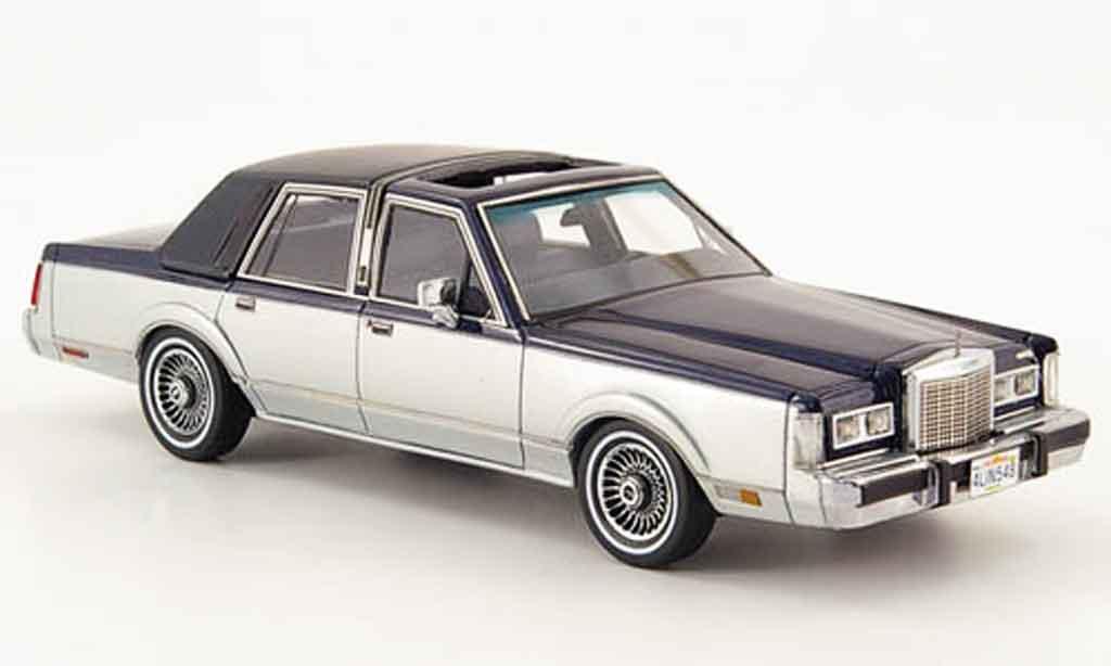 Lincoln Town Car 1982 1/43 Neo 1982 bleu grise miniature