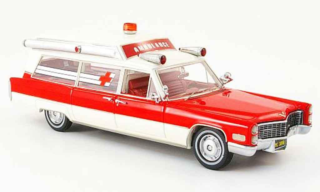 Cadillac S & S 1/43 Neo Ambulance rosso bianca edition liavecee 1966 miniatura