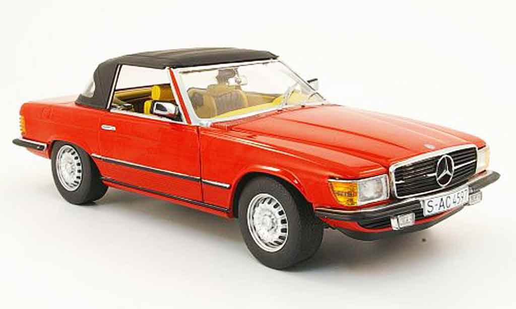 Mercedes 350 SL 1/18 Sun Star (r 107) rouge geschlossen 1977 miniature